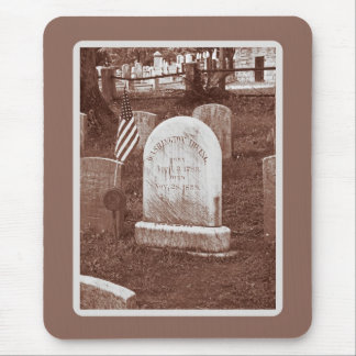 Washington Irving's tombstone Mouse Pad