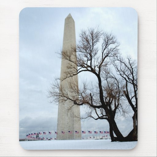 Washington Monument in Winter Mouse Pad