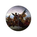 Washington que cruza el Delaware de Manuel Leutze Reloj Redondo Mediano