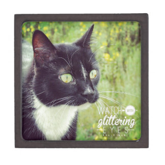 Watch with Glittering Eyes Cat Jewelry Box