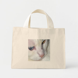 Watchful cat canvas bags