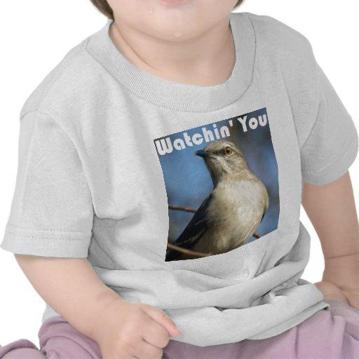 Watchin usted camiseta