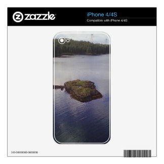 Water and a bridge in the background skin for iPhone 4S