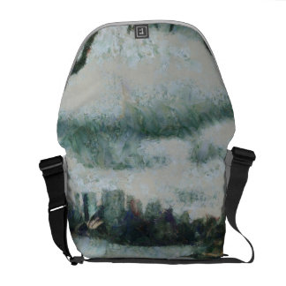 Water and scenery messenger bag