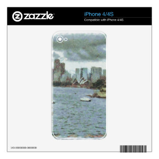 Water and skyline skins for the iPhone 4S