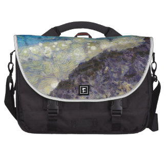 Water chasing beach commuter bags