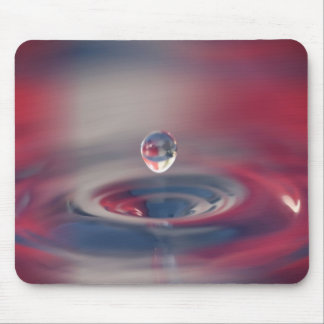 Water Drop Falling Mouse Pad