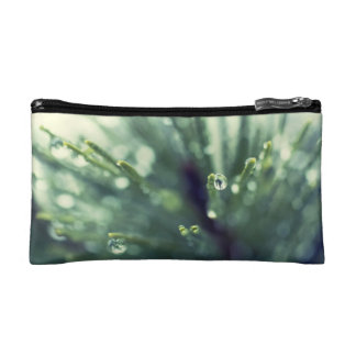 Water Droplet on Fir Accessory Bag