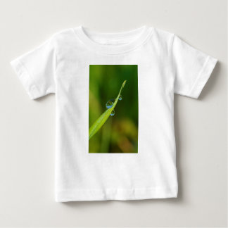 Water Droplets on a Green Blade of Grass Infant T-shirt