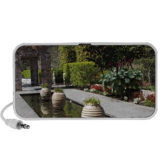 water garden travel speaker