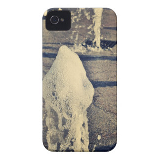 Water jet iPhone 4 cases