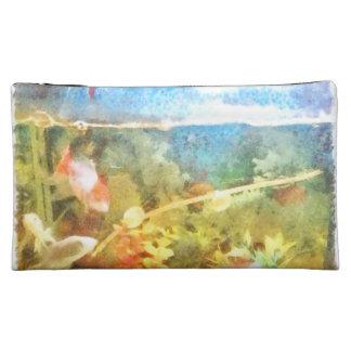 Water level in an aquarium makeup bag
