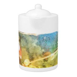 Water level in an aquarium teapot