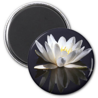water-lily 2 inch round magnet