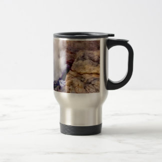 Water shower due to waves travel mug