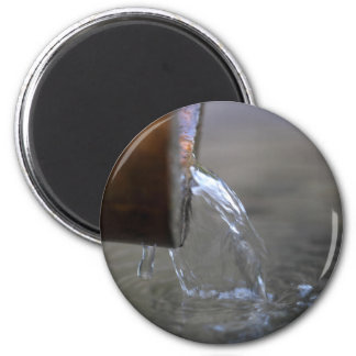 Water stream on  a well magnet