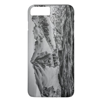 Water Themed, A Boat Navigates Choppy Waters At Se iPhone 8 Plus/7 Plus Case