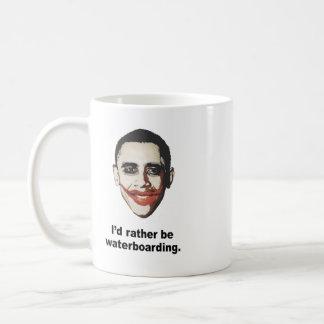 Waterboarding bastante taza de café