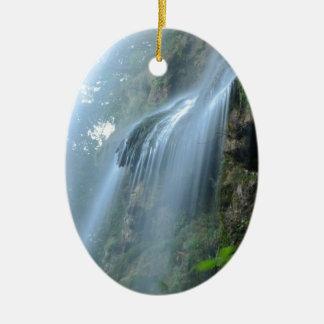 waterfall-2259 adorno navideño ovalado de cerámica