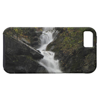 Waterfall on the Rocks iPhone SE/5/5s Case