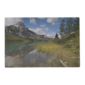 Waterfowl lake along the Icefields parkway, Placemat
