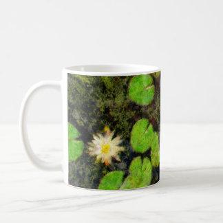 Waterlilies en el verano taza clásica