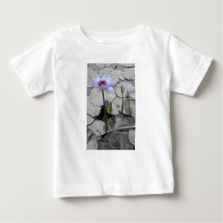 Waterlily Standing Beauty Infant T-shirt