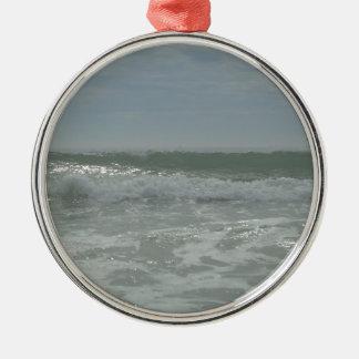 Wave 3 metal ornament