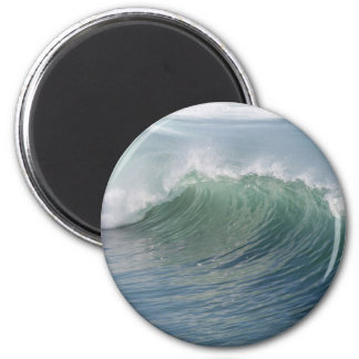 Wave break refrigerator magnet
