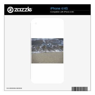 Wave of the sea on the sand beach iPhone 4 skins