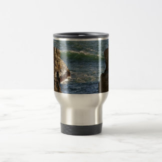 WAVES BREAKING AT THE ROCKY CALIFORNIA COAST 15 OZ STAINLESS STEEL TRAVEL MUG