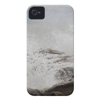 Waves breaking on rocks iPhone 4 cover