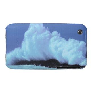 waves crashing against rocks iPhone 3 Case-Mate cases