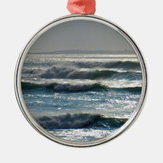 waves metal ornament