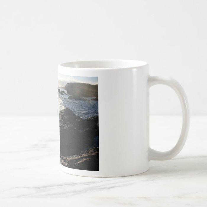Waves on rocks coffee mug