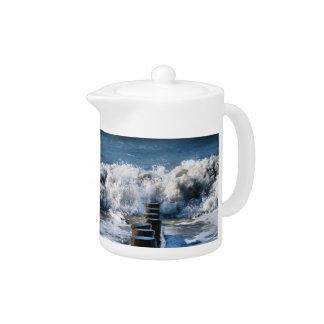 WAVES TEAPOT