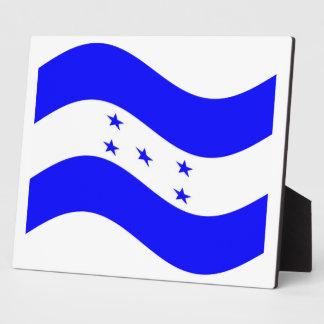 Waving Honduras Flag Plaques