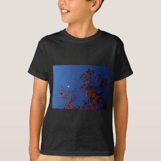 WAXING CRESEBT MOON & GUM TREE AUSTRALIA T-Shirt