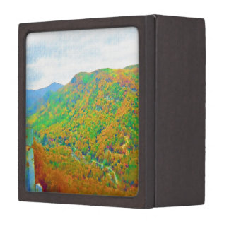 Way Above the Mountains in Watercolors Premium Trinket Boxes