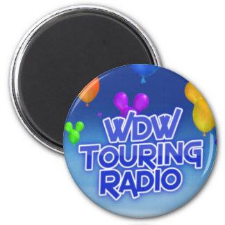 WDW que viaja al imán de radio