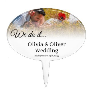 We do it - Kissing Couple on a Meadow Cake Topper