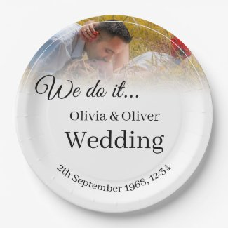 We do it - Kissing Couple on a Meadow Paper Plate
