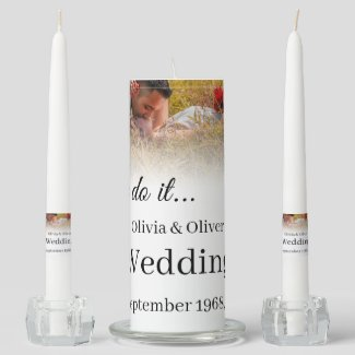 We do it - Kissing Couple on a Meadow Unity Candle Set