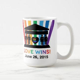 We R1 USA Rainbow Mug