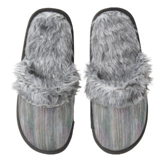 Weather-beaten Bamboo Look Pair Of Fuzzy Slippers