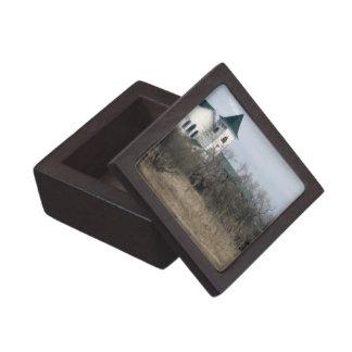 Weathered home prarie landscape keepsake box