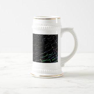 Web brillante del rocío colorido en diseño negro jarra de cerveza