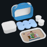 """Webkinz: Teachers Rule! Lunch Box<br><div class=""""desc"""">Ms. Cowoline and friends know that teachers rule! As the Kinzville Academy superintendant,  Ms. Cowoline works with hardworking students every day. She&#39;s surrounded by an appreciative group that includes the Webkinz Chow Chow,  Darling Dino,  Earth Fawn,  Petal Print Skunk and Bichon Frise.</div>"""