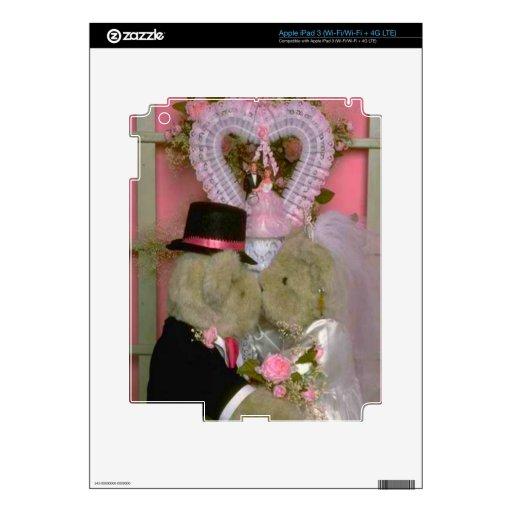 Wedding bears couple getting married first kiss iPad 3 skin