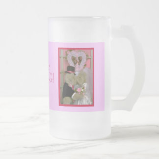 Wedding bears under a heart frosted glass beer mug